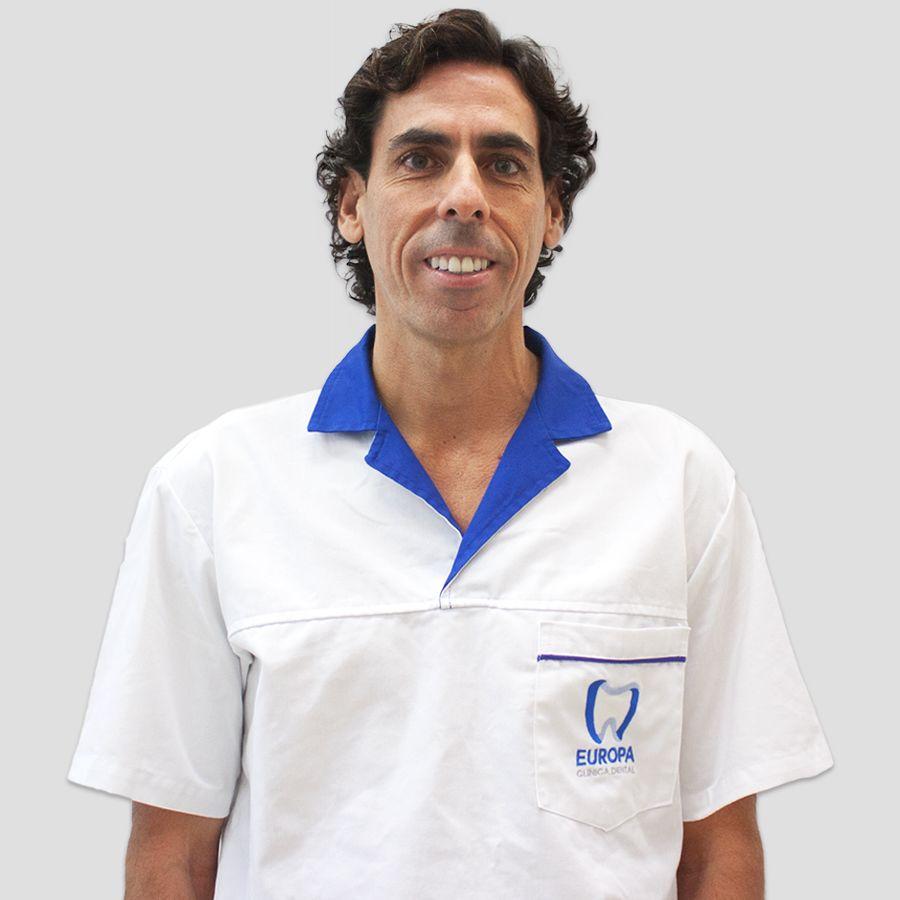 Dr. Javier García Cardeñosa